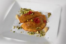 Atayef bil Joz |Libanesisches Dessert | Restaurant Berlin Mitte | Qadmous