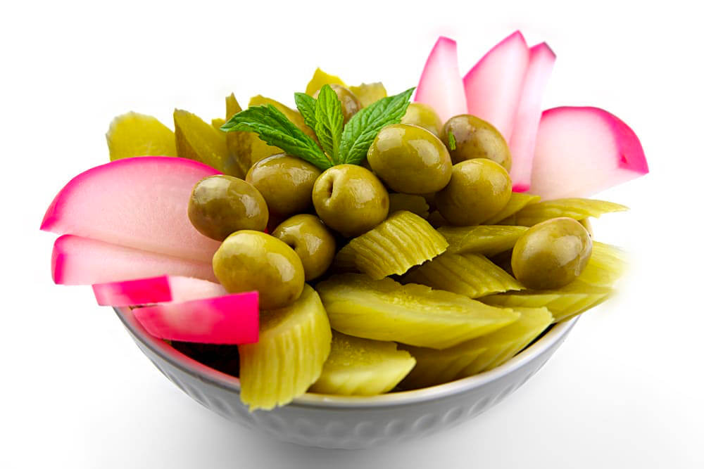 Kabis Mashakal | Eingelegte Gurken Oliven Rüben Rote Beete | Libanesische Küche Berlin