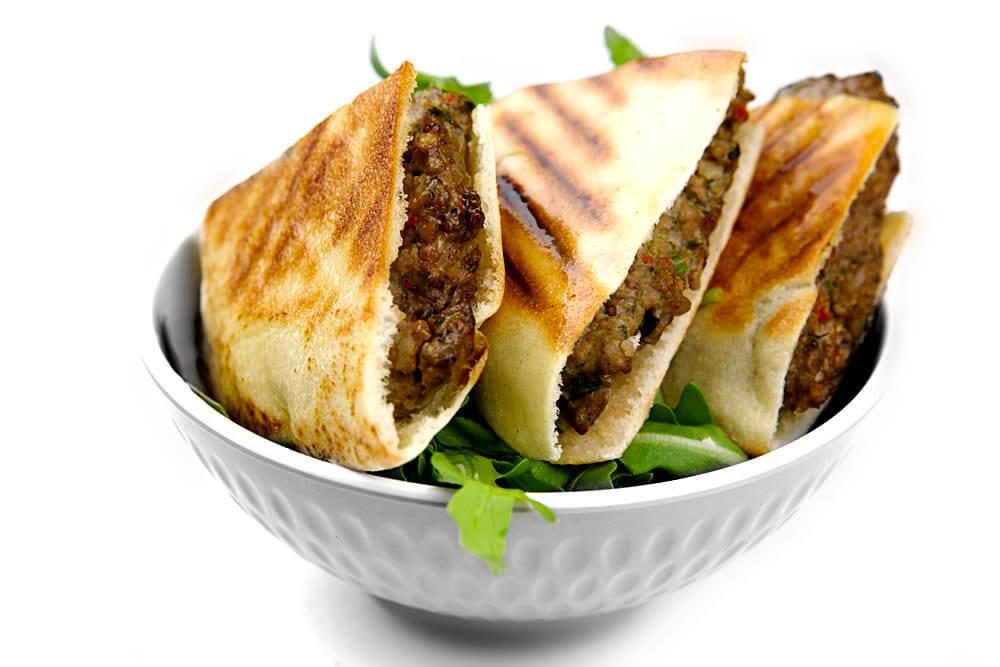 Arayes Kafta | Geröstetes Fladenbrot mit Hackfleisch | Libanesische Küche-berlin