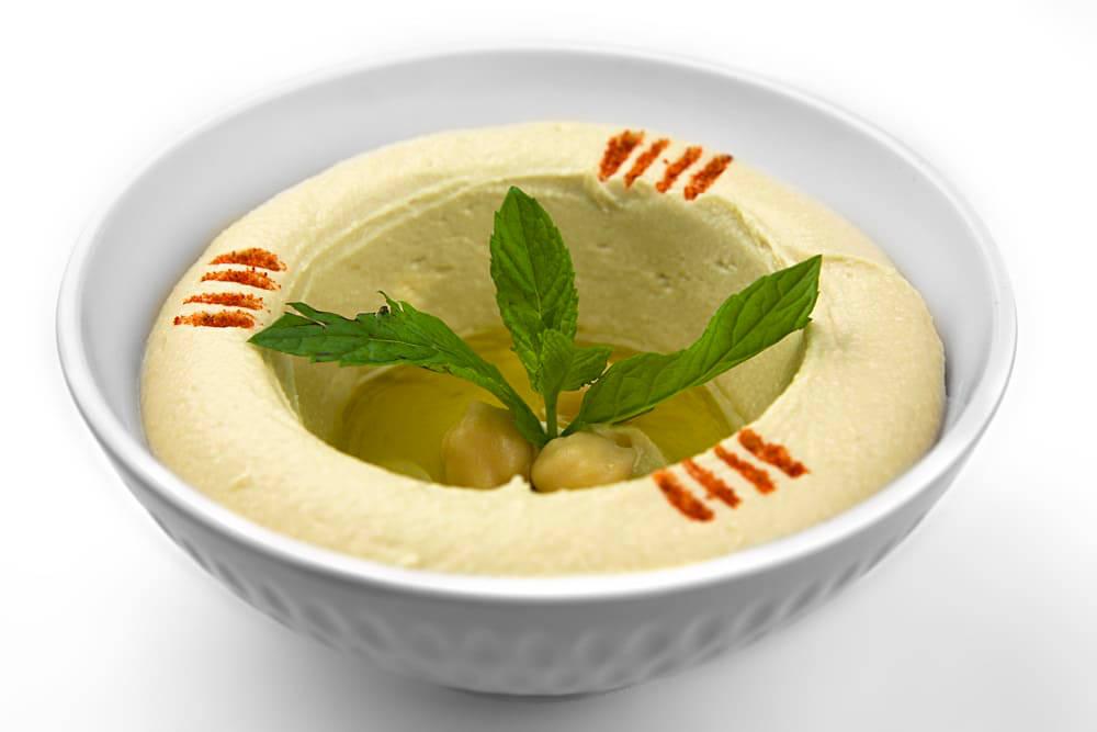 Hummus bil Tahini | Pürierte Kichererbsen | Libanesische Küche Berlin