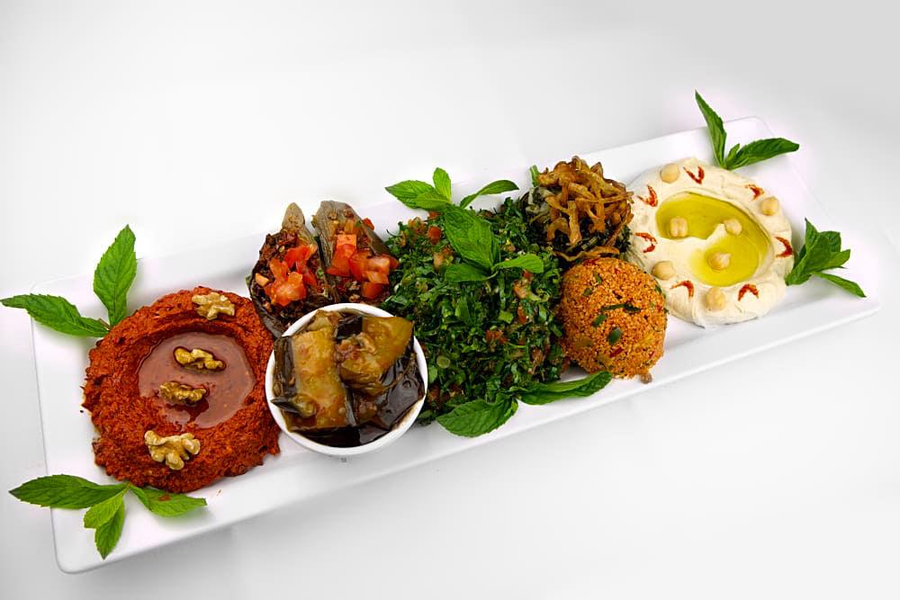 Mezze Teller Kalt | Libanesische Küche Berlin